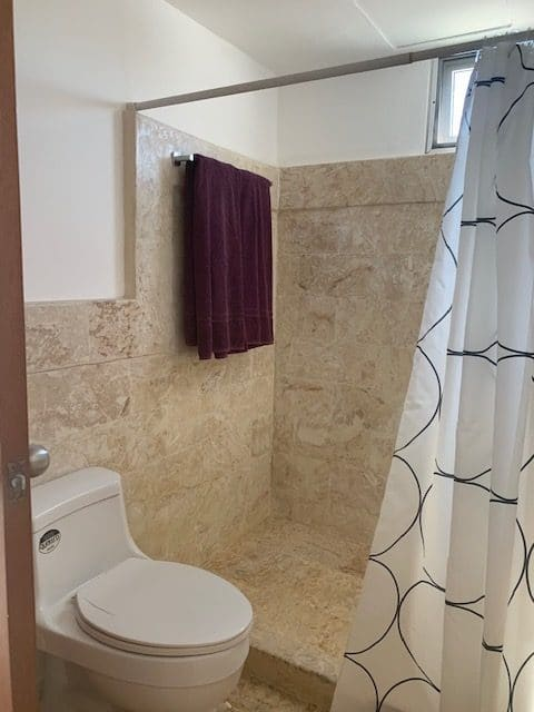 Cocotal penthouse bathroom