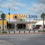 san juan shopping center with commercial spaces available for rent
