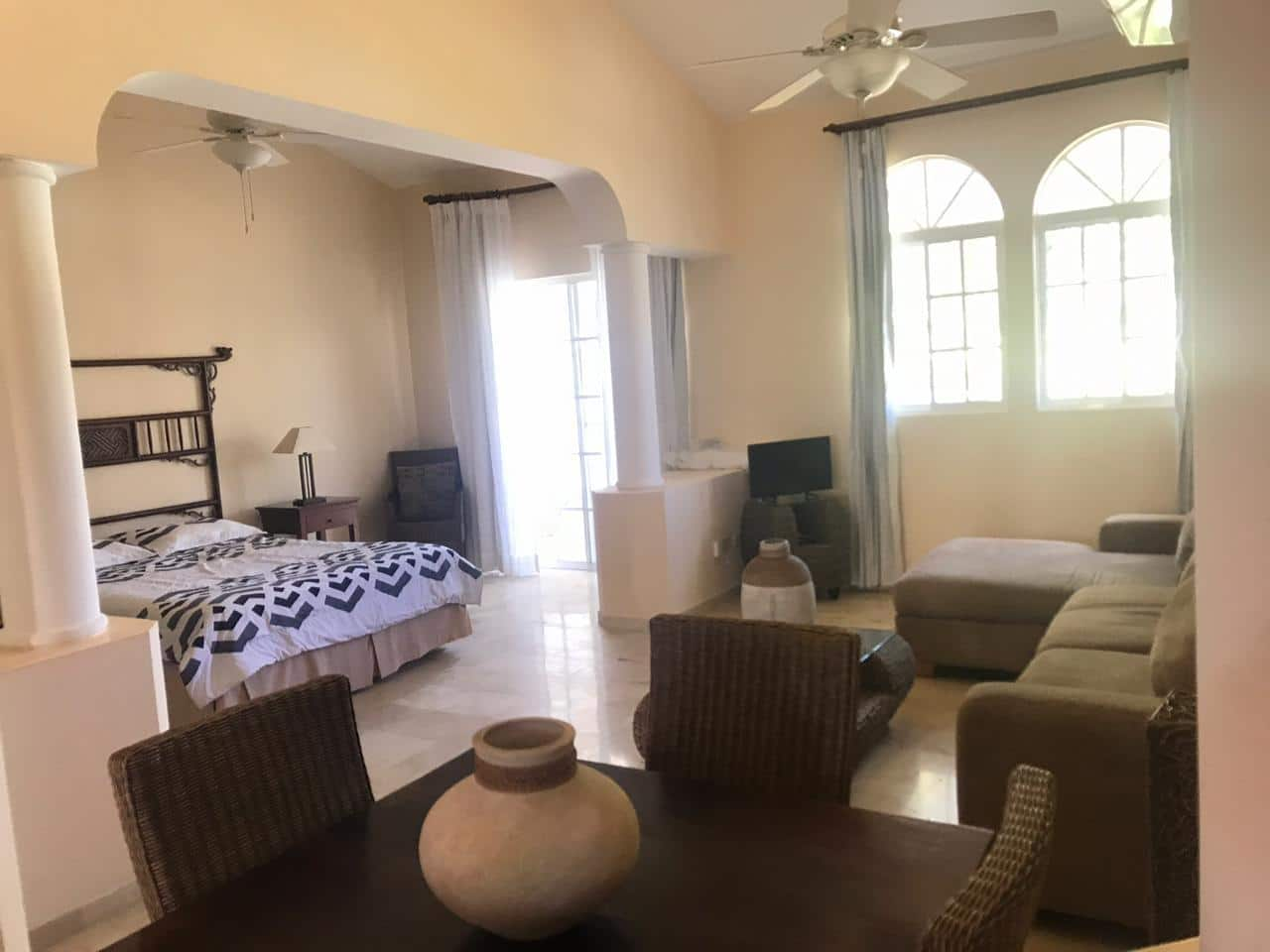 one bedroom condo in cocotal for rent