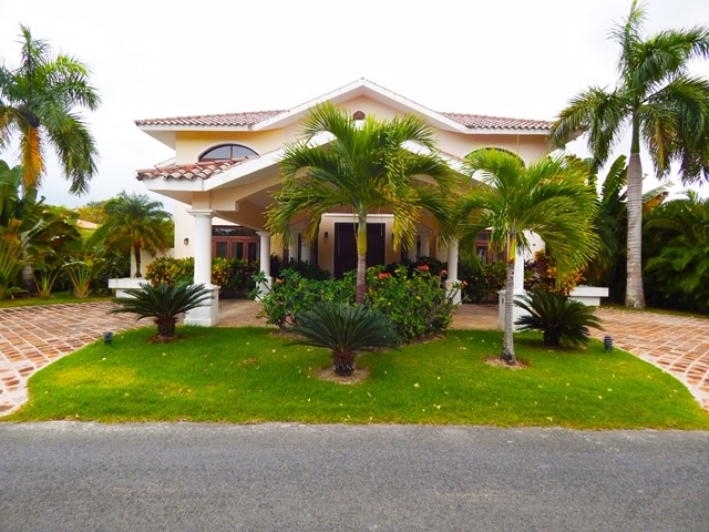 villa for rent in cocotal